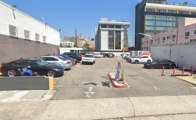 parking on North Wilcox Avenue in Los Angeles
