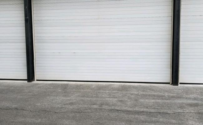 Garage parking on North Willard Court in Chicago