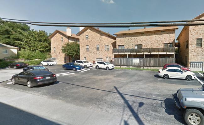 parking on Nueces St in Austin