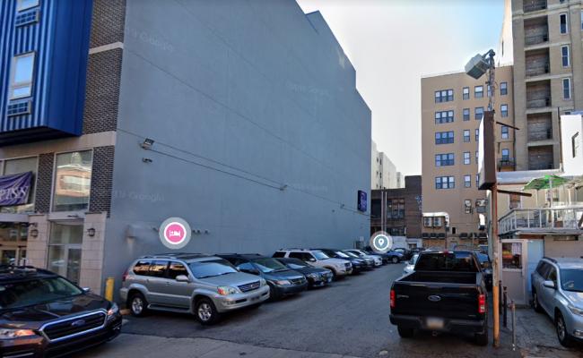 parking on Cherry Street in Philadelphia