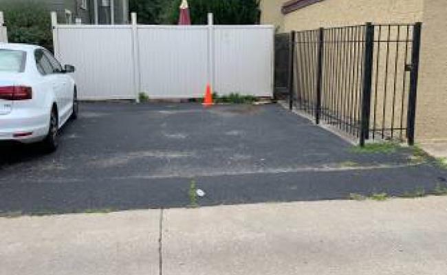 parking on S Grove Ave in Oak Park
