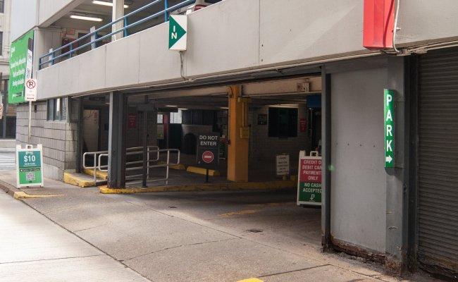 Garage parking on Smithfield Street in Pittsburgh
