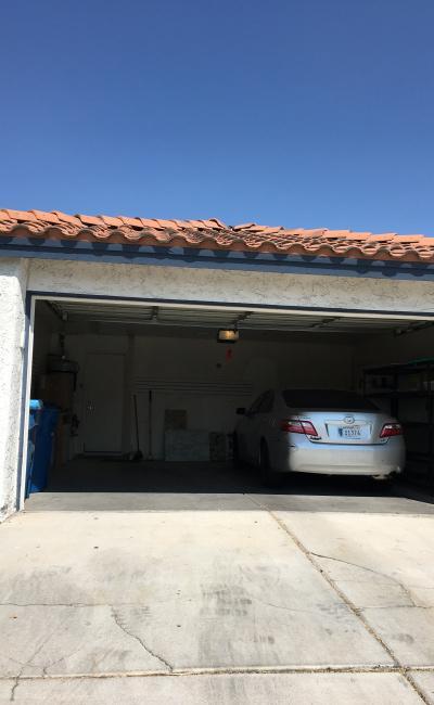 Garage parking on South De Osma Street in Las Vegas