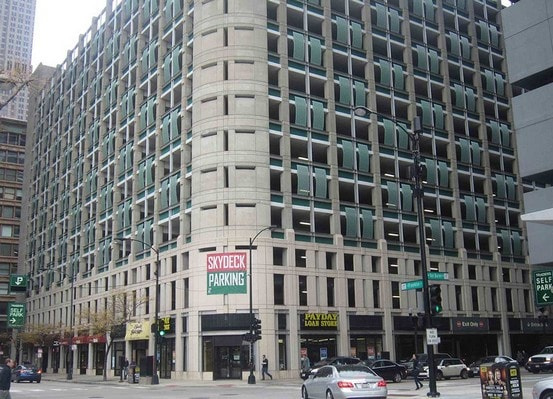 Indoor lot parking on South Wells Street in Chicago