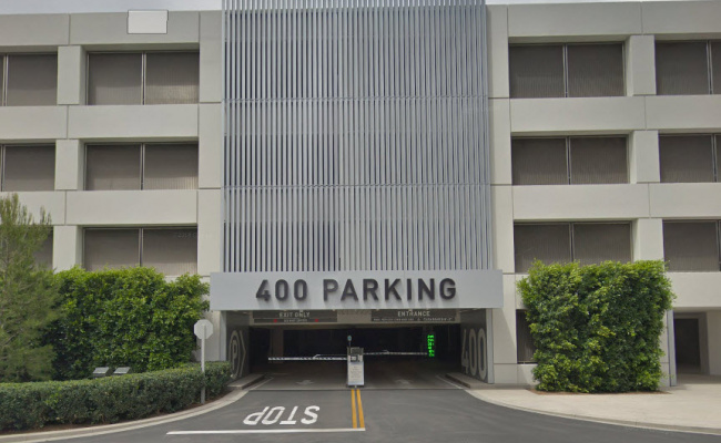 Garage parking on Spectrum Center in Spectrum Center Dr