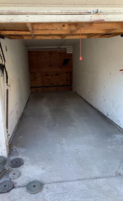 Garage parking on W 4th St in San Pedro