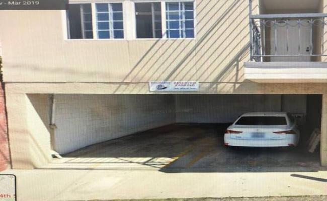 parking on 14th St in Santa Monica