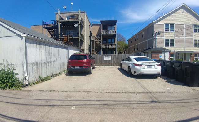 Outdoor lot parking on W Crystal St in Chicago