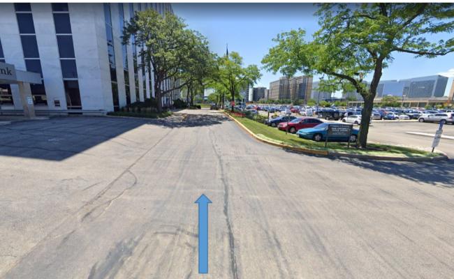 Outside parking on W. Higgins in W Higgins Rd