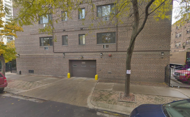 Indoor lot parking on W Wrightwood Ave in Chicago