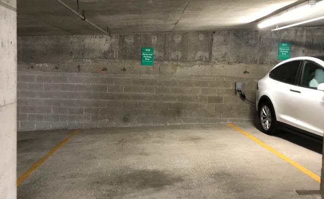 Garage parking on West Delaware in W Delaware Pl