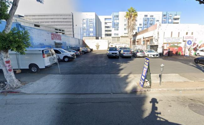 parking on West Pico Boulevard in Los Angeles