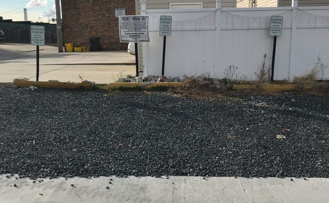 parking on West Ropewalk Lane in Baltimore
