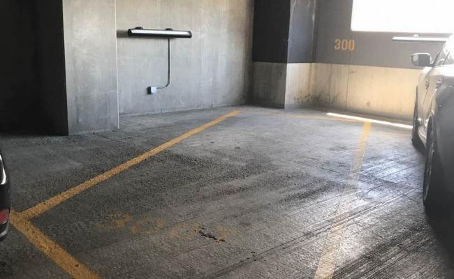 Garage parking on West Van Buren Street in Chicago