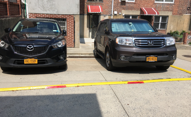 parking on Yellowstone Boulevard in Queens