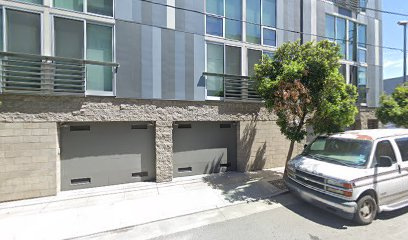 Garage parking on Zoe Street in San Francisco
