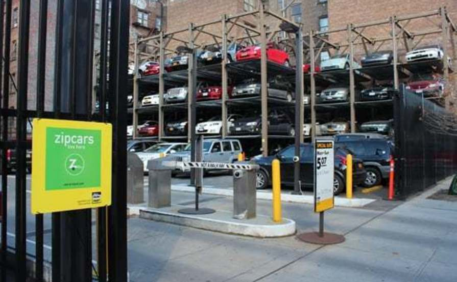 parking on W 44th St in New York