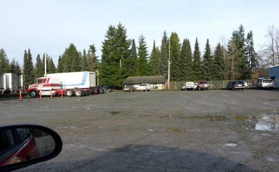 parking on 84th St NE in Lake Stevens