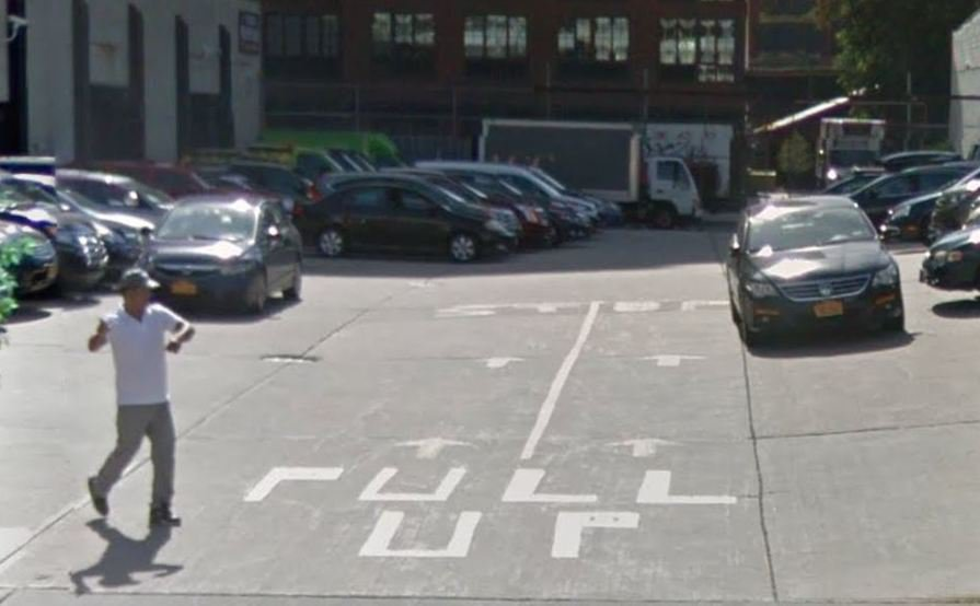 parking on 45-46 Ct Square W in Long Island City