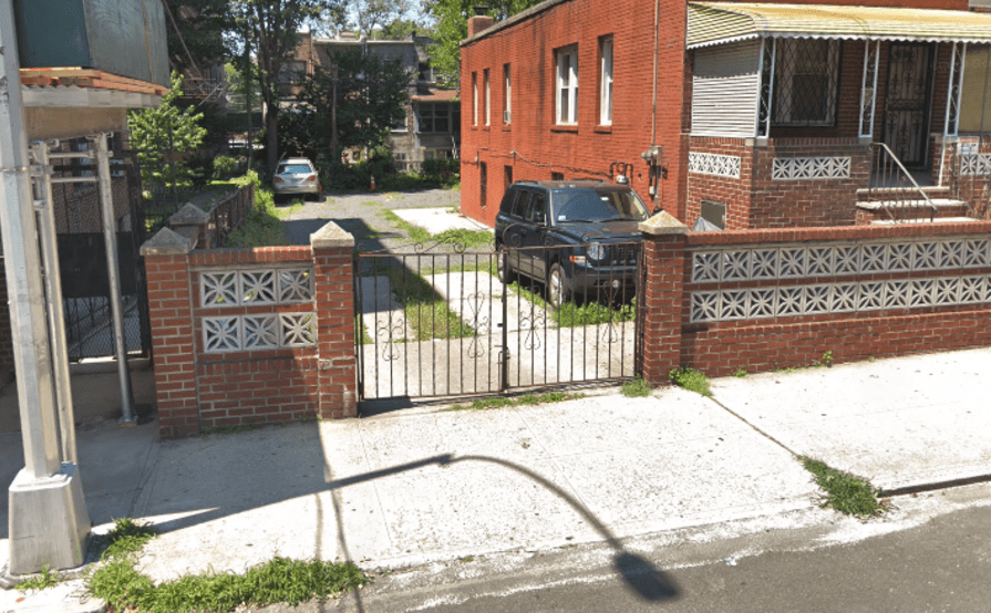 Outdoor lot parking on 44th Ave & 74th Street in Queens
