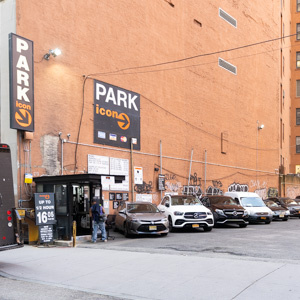 Indoor lot parking on Cliff St in 18-24