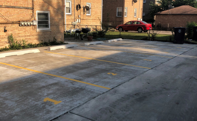 Outdoor lot parking on