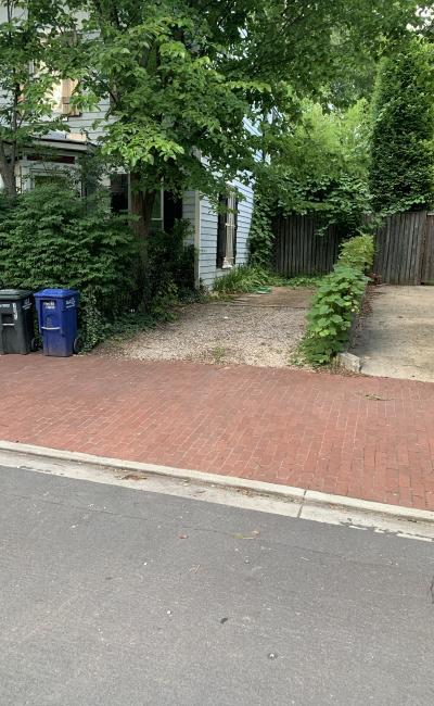 Driveway parking on 10th Street Southeast in Washington