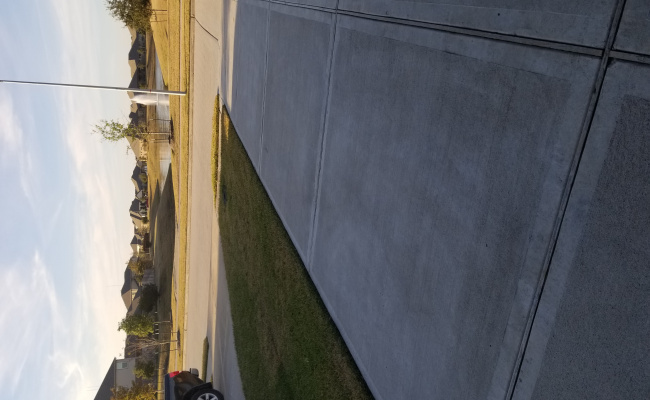 Driveway parking on Bailey Springs Lane in Pearland