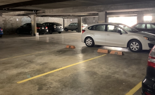 Garage parking on College Avenue in Berkeley