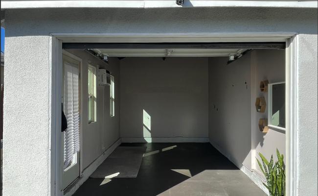 Garage parking on Craner Avenue in Sun Valley