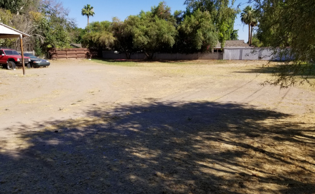 Outdoor lot parking on E Claremont St in Phoenix