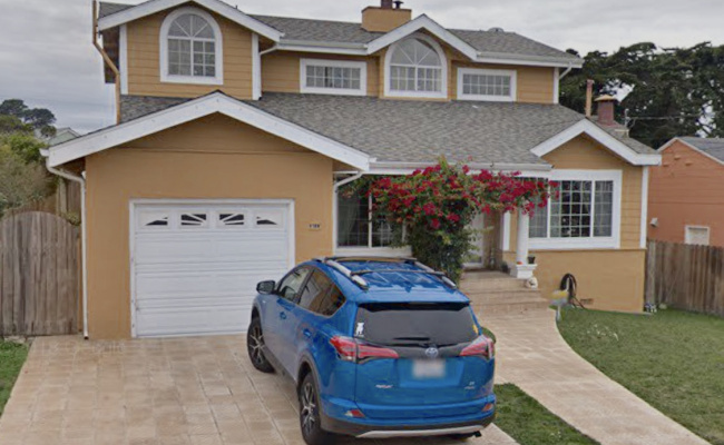 Driveway parking on Ellis Drive in Daly City