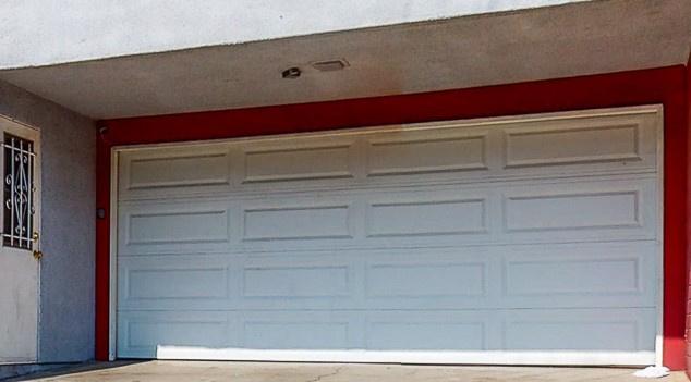 Garage parking on Evergreen Street in Inglewood