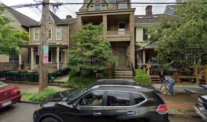 Outside parking on Ivy Street in Pittsburgh