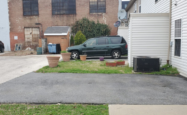 Outdoor lot parking on Juniper street in Philadelphia