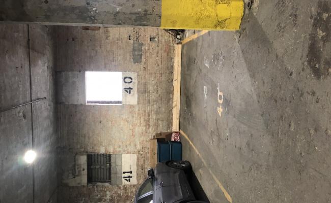 Garage parking on North Aberdeen Street in Chicago