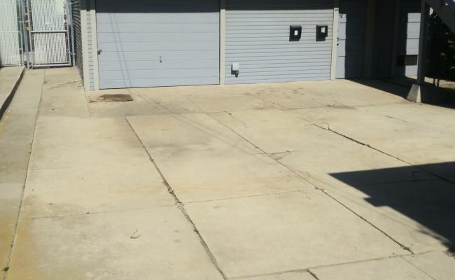 Driveway parking on Redondo Avenue in Long Beach