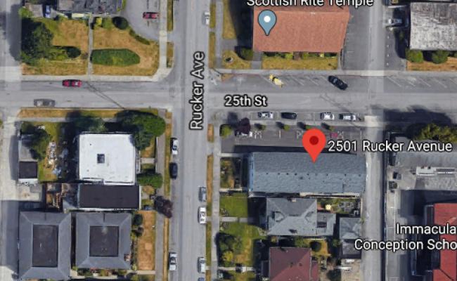 Garage parking on Rucker Avenue in Everett