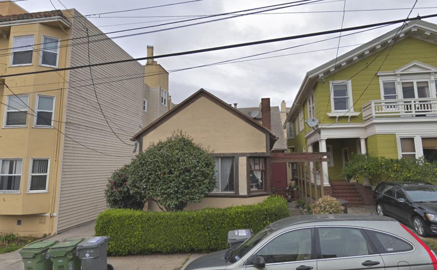 Bedroom parking on Lenox Ave in Oakland