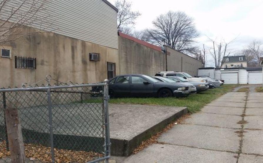 Parking Space parking on Barker St in Staten Island